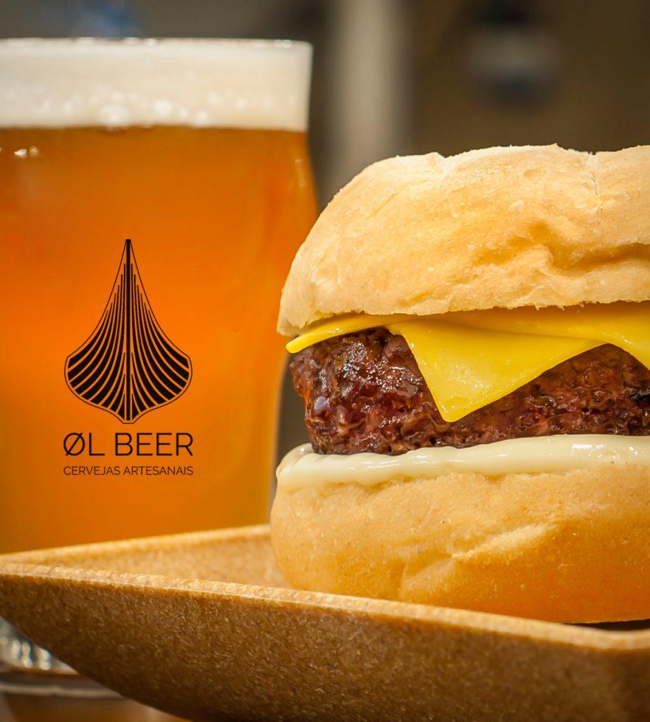 cheeseburger e chopp artesanal ØL Beer